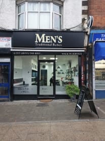 Mens Traditional barbers
