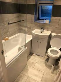 Gary's Bathrooms &  Tiling