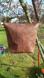Leather Lace Bath Body
