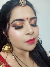 Glitters Makeup Academy
