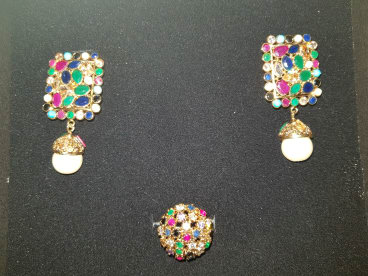 Fashiontrendsbyriz here for all your old and new jewellery needs whenever wherever