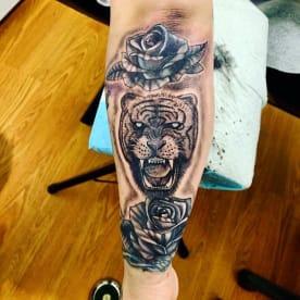 Moncitos Ink Tattoo