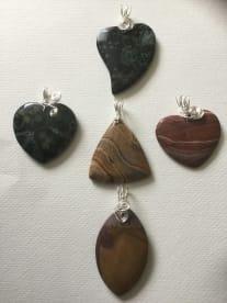 Sandra's Genuine Gemstones