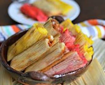 Tamales Con Amor