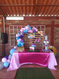 Handy's Party