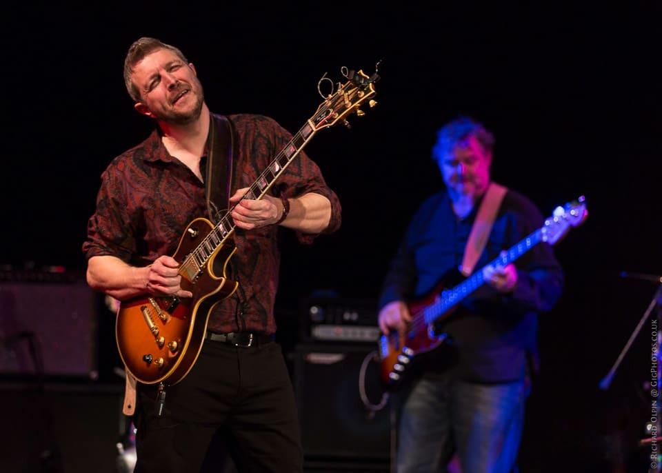 Brynley Thomas Guitarist